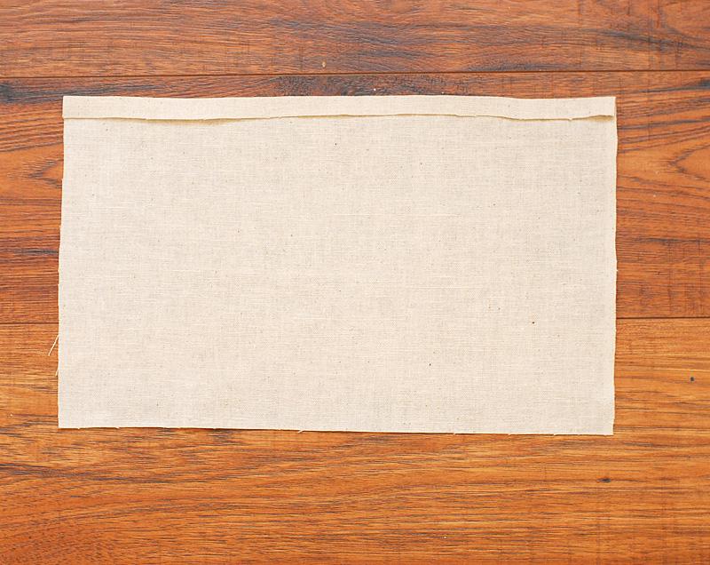 05 Press Half Inch On Back Panel - Keri Lee Sereika
