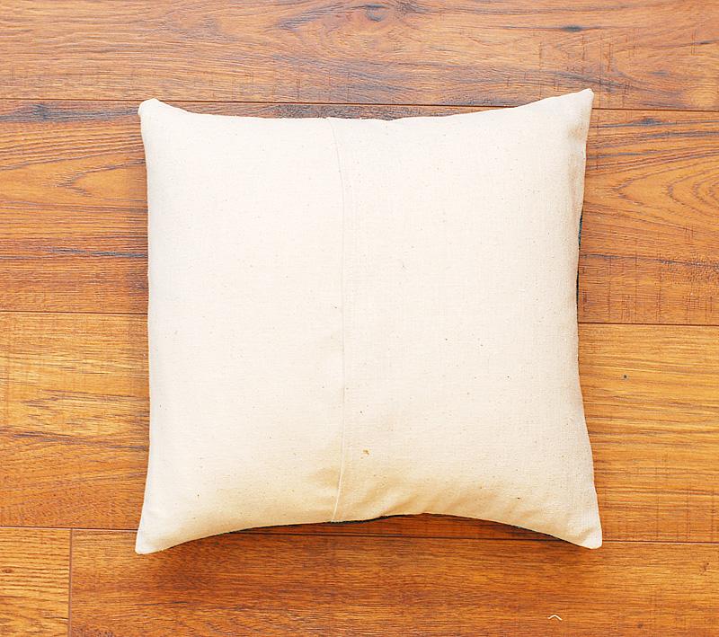 11 Pillow Back - Keri Lee Sereika