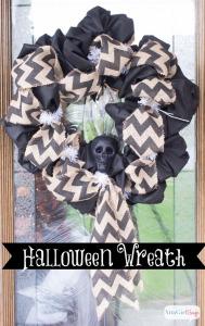 pinnable-Halloween-fabric-and-burlap-wreath-3